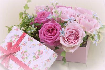 父の日の花バラとプレゼント