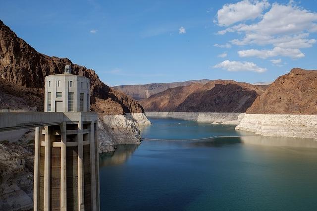 取水制限と給水制限の違いは?日常生活への影響など